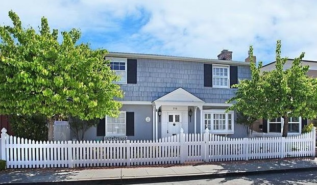 116 Abalone Avenue Balboa Island Home For Sale