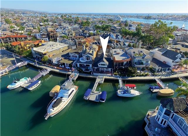 117 North Bay Front Home for Sale with Private Dock Balboa Island Newport Beach