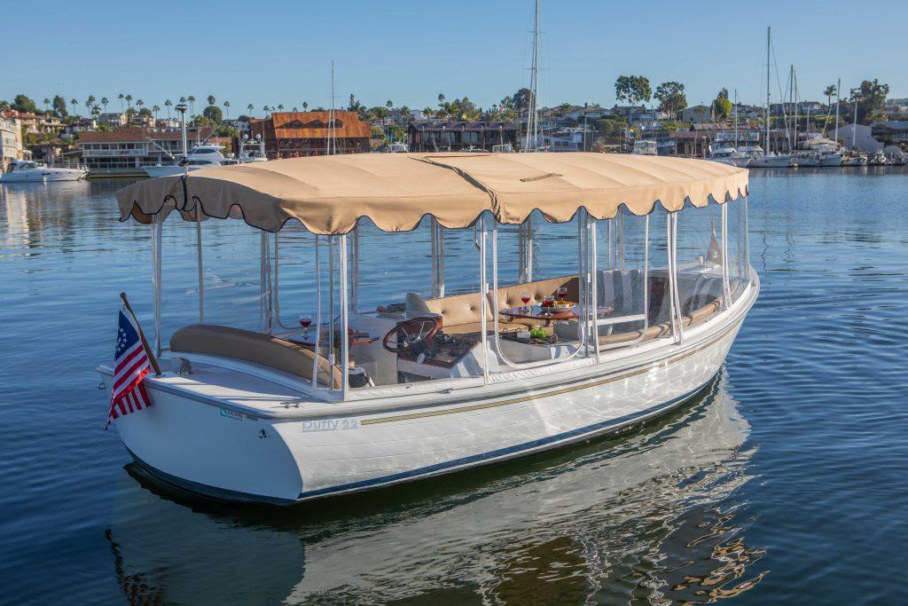 Duffy Boat Cruising Balboa Island