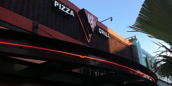 BJ's Restaurant & Brewhouse 01